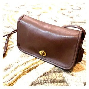 💕 Coach vintage brown shoulder bag so cute 💕